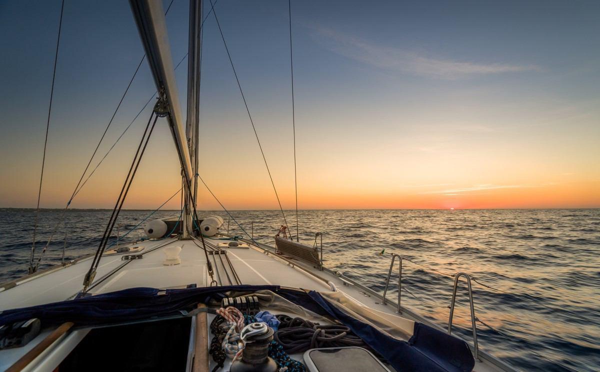 yachting_71808861